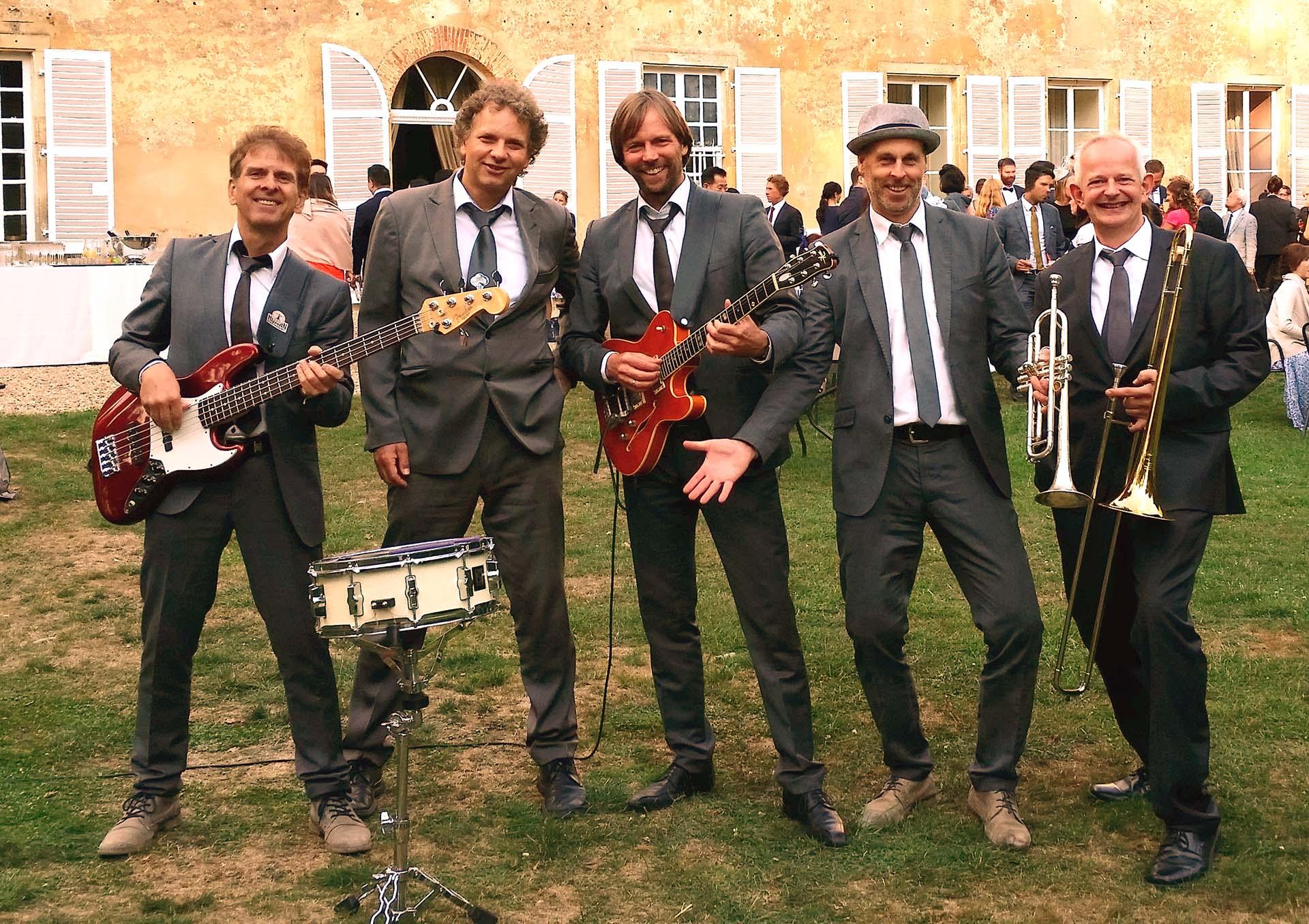 Die TB Hochzeitsband aus Köln Bonn NRW kann auch unplugged spielen